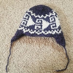Accessories - Purple and white winter hat